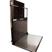 Вертикальная подъемная платформа для инвалидов фото