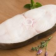 Стейк палтуса морской (сухой) заморозки. Заморожено в море фото