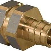 Штуцер Uponor Q&E 16-1/2 латунный с внутренней резьбой фото