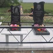 Памятники из гранита по эскизам заказчика фото