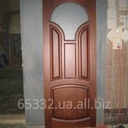 Двері із сосни. фото