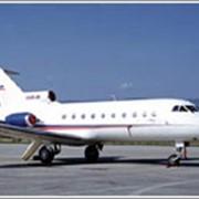 Самолет для местных авиалиний ЯК-40 фото