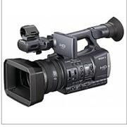 Цифровая HD видеокамера Sony HDR-AX2000E фото