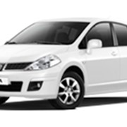Автомобиль Nissan Tiida фото