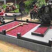 Памятники в Любани, благоустройство могил. Ограды. фото
