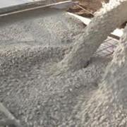 Бетон на гранитном щебне М150-М550 фото