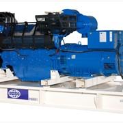 Дизельные генераторные установки от 730 до 2 500 кВА фото