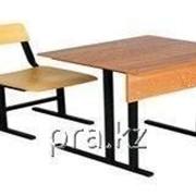Парта одноместная, один стул фото