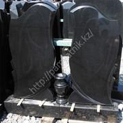 Памятники из черного гранита различных видов, стела 100/50/6 см фото