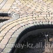 Установка бордюров, Устройство тротуаров. фото