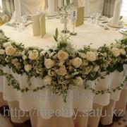 Оформление живыми цветами - Живой букет, розы, гипсофилия, зелень фото
