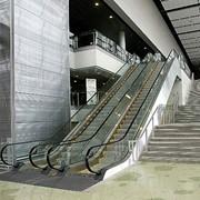 Поставка и монтаж эскалаторов фото
