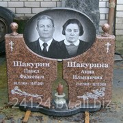 Памятники из натурального камня фото