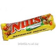 Батончик шоколадный Nuts фото
