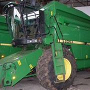 Зерноуборочный комбайн John Deere 2064 фото