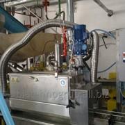 Промышленное оборудование - Закатка укупорочная машина фото