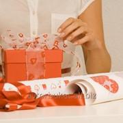 Услуга по Упаковке подарков фото