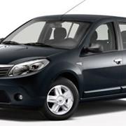 """Renault Sandero – автомобиль """"В"""" класса с кузовом хэтчбек. фото"""