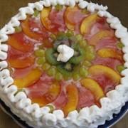 Изготовление тортов и с фруктами фото