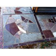 Устройство садовых дорожек из мраморной брекчии.От 500 руб/кв.м фото