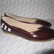 Фабричная обувь различных моделей от производителя фото