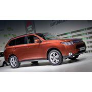 Mitsubishi Outlander фото