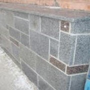 Облицовка фасадов, цоколей, колонн мрамором и гранитом КИЕВ фото