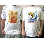 Нанесение изображения или логотипа на футболку или кепку фото