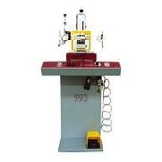 OMAC 993 SINCRO.Машина пневматическая для клеймения с автоматической экстракцией стола фото