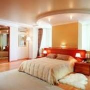 Потолки подвесные для спальни фото