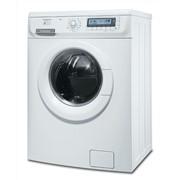 Стиральная машина Electrolux EWF106510W фото