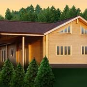 Дома из бревна, дома деревянные, дома из оцилиндрованного бревна. фото