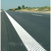 Спрей-пластик для разметки дорог белый фото