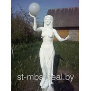 Скульптура Девушка с шаром фото