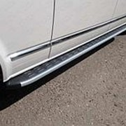 Пороги VW Caravelle 2017-н.в. (алюм. с пласт. накладкой карбон/серебро) фото