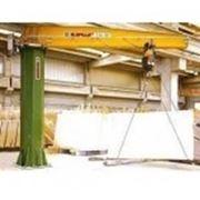Столбовой кран с электрическим вращением стрелы на 360 градусов фото