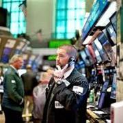 Услуги фондовых брокеров, брокеров-дилеров фото