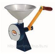 Мукомолка домашняя ручная жерновая мельница бытовая мукомолки для дома мельница зерна фото