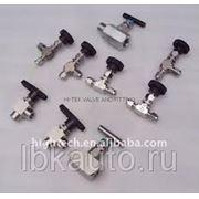 Игольчатые клапаны с невращающимся штоком и трубками от перелива фото