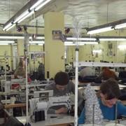 Выполняем услуги по пошиву изделий из давальческого сырья, любой сложности. фото