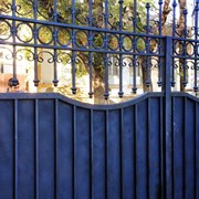 Ворота, оградки, заборы, металлоконструкции фото