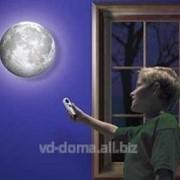 Healing Moon - светильник в виде Луны, меняются фазы луны фото