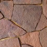 Камень-песчаник природного происхождения фото