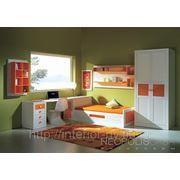 Детская, отделка белый и оранжевый матовый лак фото