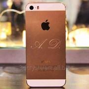 Лазерная гравировка задней крышки телефона iPhone 5 фото
