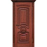 Классические двери из массива фото