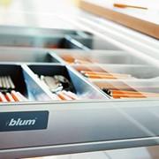 Выдвижные системы BLUM фото
