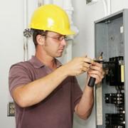 Электромонтер по ремонту и обслуживанию электрооборудования фото