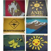 Антискользящие коврики из резиновой крошки с рисунками и логотипами фото