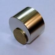 Магниты на базе неодим-железо-бор, неодимый магнит Т D50 x H20 N38 фото